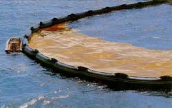 Oil_Spill_Containment_Boom